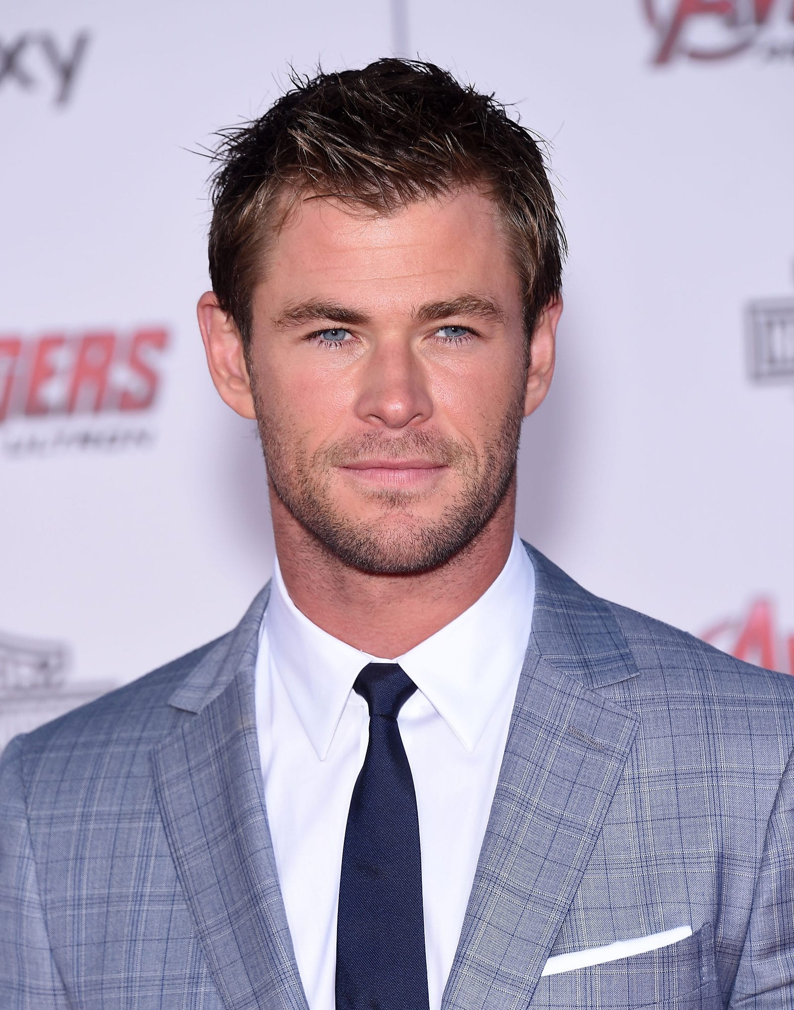 Chris Hemsworth Widows Peak Short Spiky Hairstyle