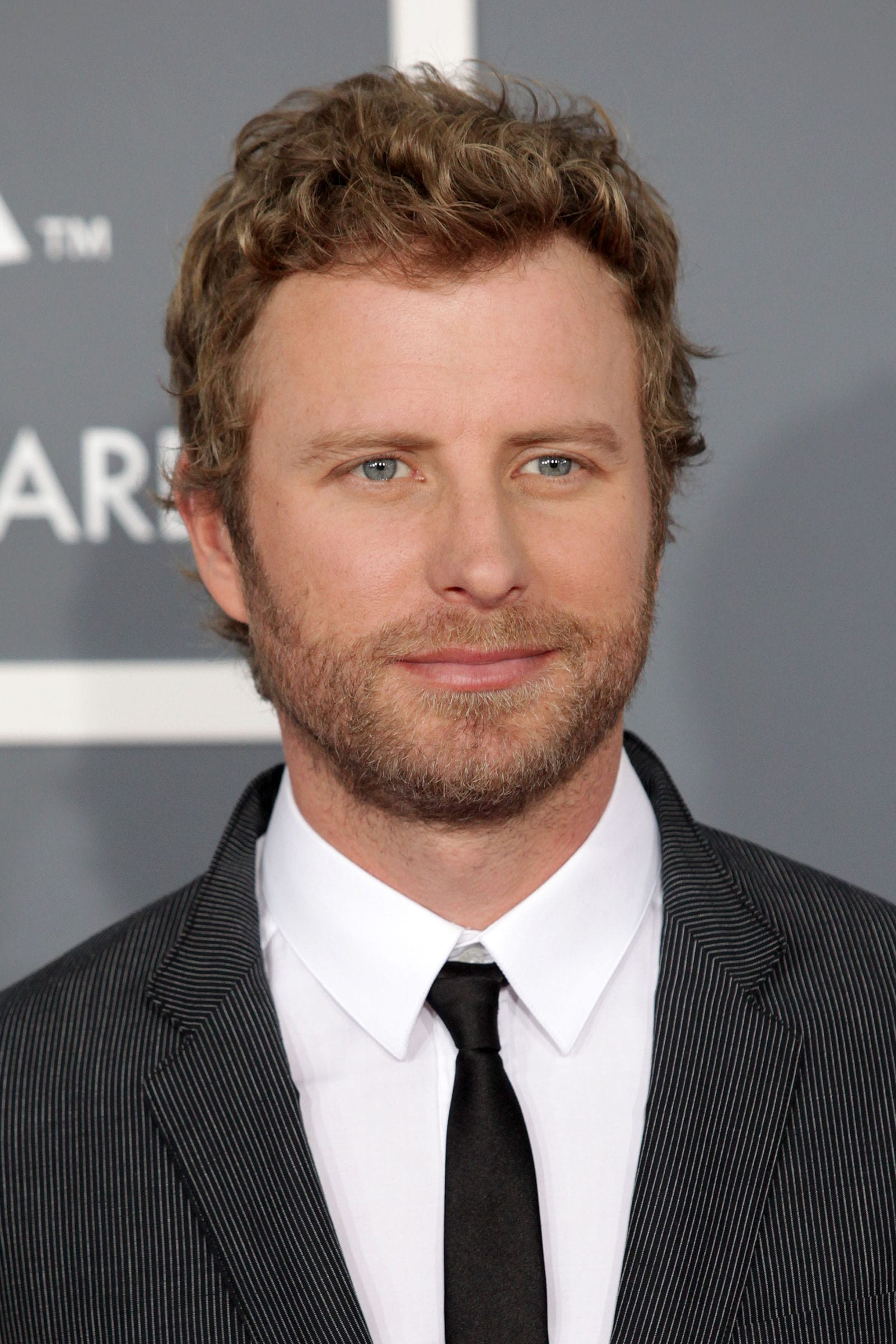 Dierks Bentley medium curly by DFree